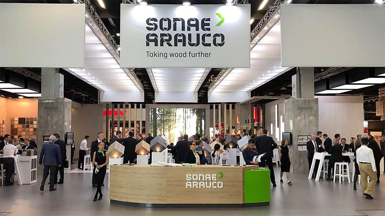Messestand von SONAE ARAUCO auf der Interzum 2017